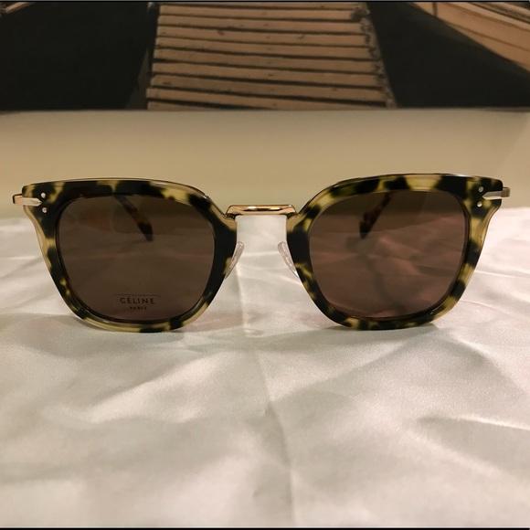 6eeaf04fe7f Celine Accessories - Gorgeous Celine Havana Green Gold Sunglasses 41402